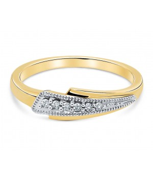 Arrow Six Stone Pave Diamond Ring in 18k Yellow Gold