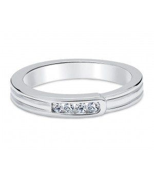 Beautiful Pave Setting Diamond Wedding Ring in 18k White Gold